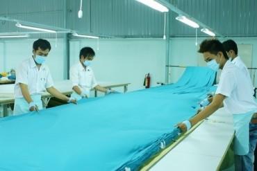 Spreading fabric